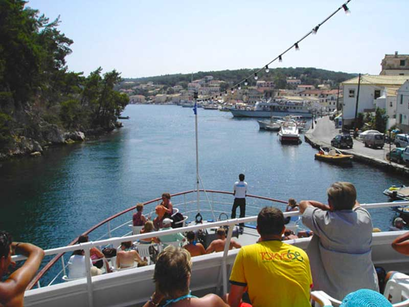 Excursion to Paxos, Antipaxos and the Blue Caves
